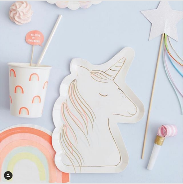 I believe in unicorns! Who wouldn't if they were bringing you delicious baking  @merimeriparty #giftideas #homeware #partyware #partyideas #pastel #unicorns #rainbows #gooddesign